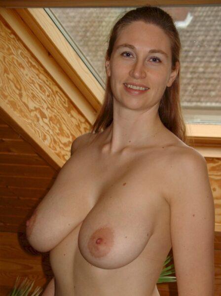 Passez une nuit hot avec une femme infidèle sexy